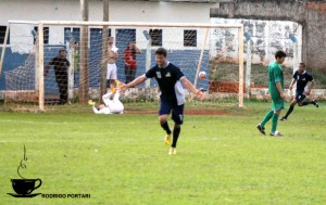 Atacante comemora segundo gol de Itapagipe
