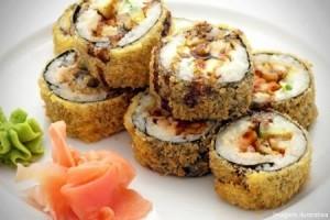 Comecinho da noite,  Que tal um prato diferente hoje? Ligue e faça a sua encomenda no Joy Sushi! É fácil! Basta ligar no 9974-5245 e receber em sua casa um delicioso prato japonês preparado com todo amor e carinho que você merece!