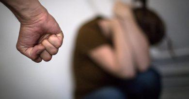 Mulher registra ocorrência de agressão contra ex-marido